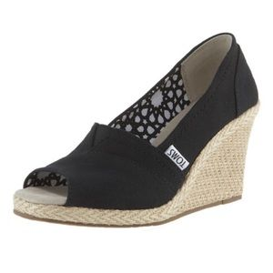 TOMS Black Solid Canvas Peep Toe Espadrille Wedges